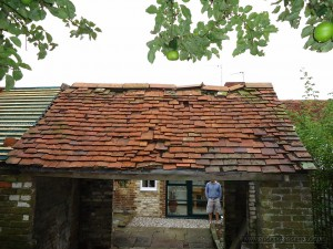 Graded 2 listed outbuilding in need of a re-roof