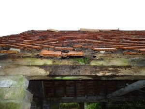 The tiled roof wall plate before it was replaced