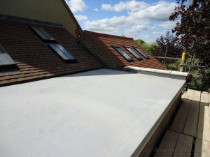 Final application of the sealoflex flat roof system