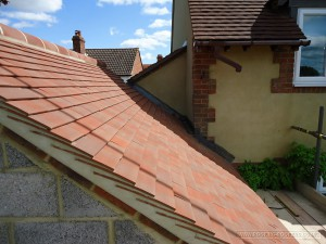 Hiqh quality roof tiling view 3