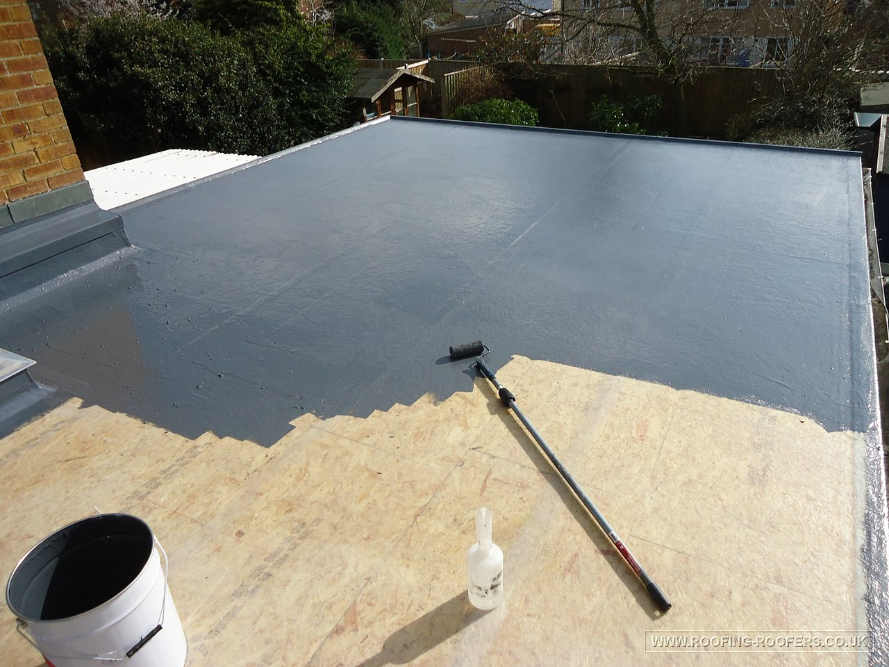 Flat roofs roofing and building repairs specialists for Flat roof waterproofing paint
